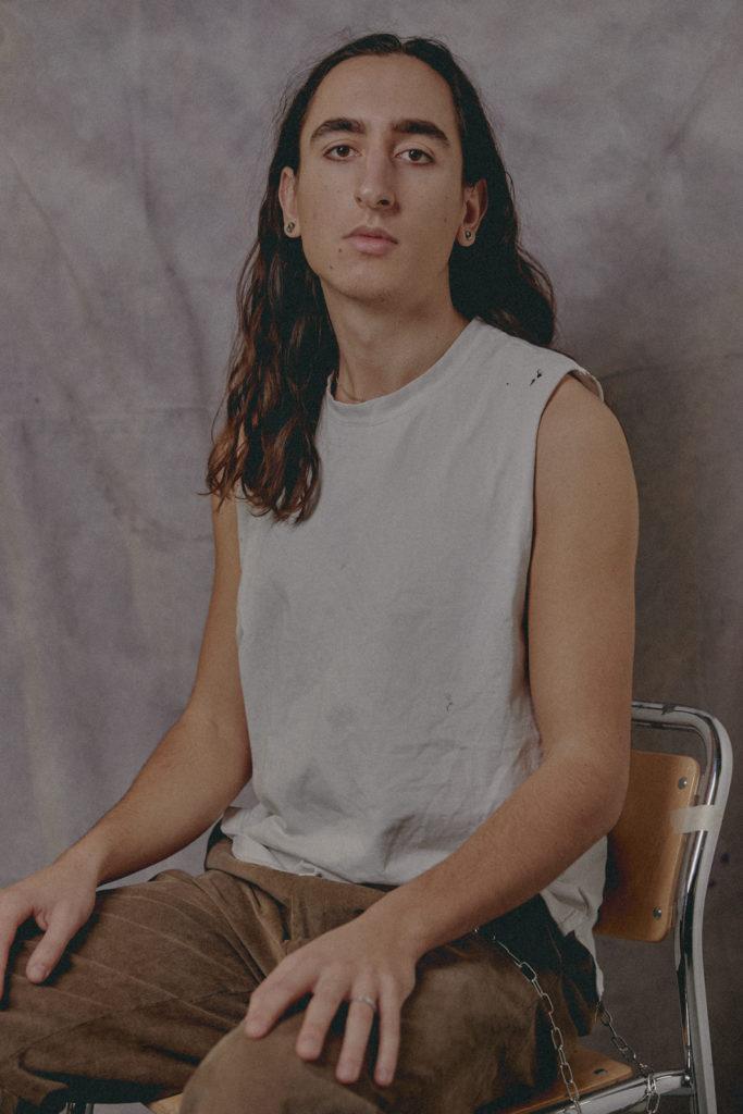 2 / Portrait